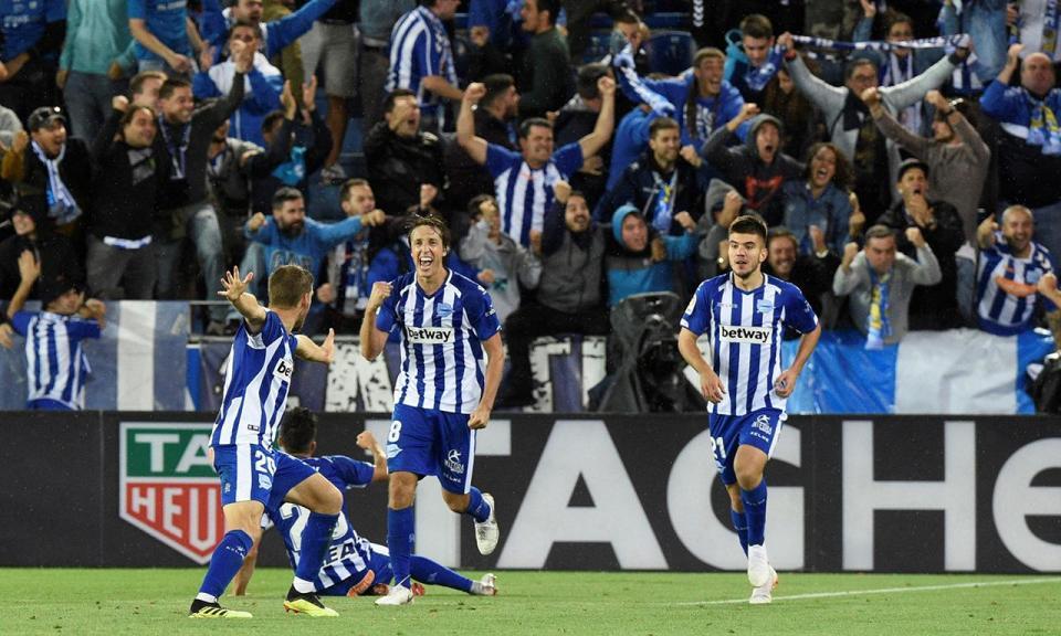 Espanha: Alavés bate Valência com cambalhota e ultrapassa Real Madrid