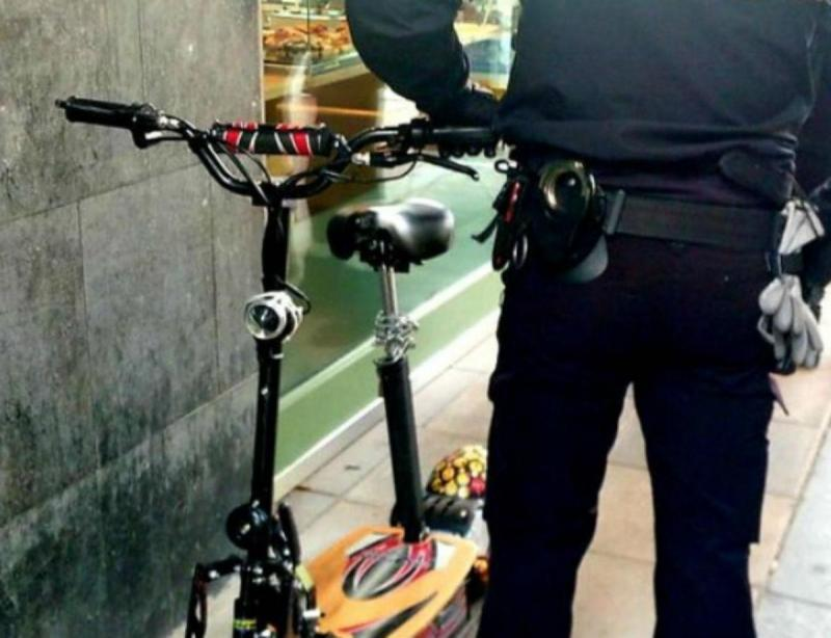 Polícia apreende patinete em Valladolid (reprodução Twitter Polícia de Valladolid)