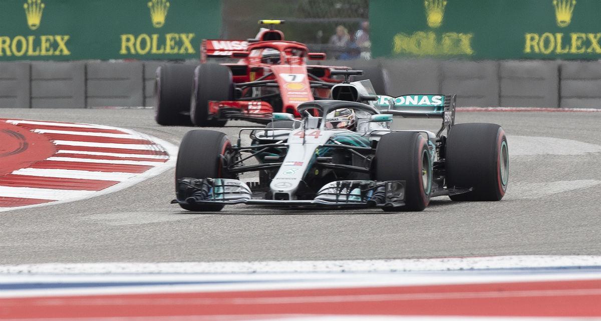 Lewis Hamilton e Kimi Raikkonen (Lusa)
