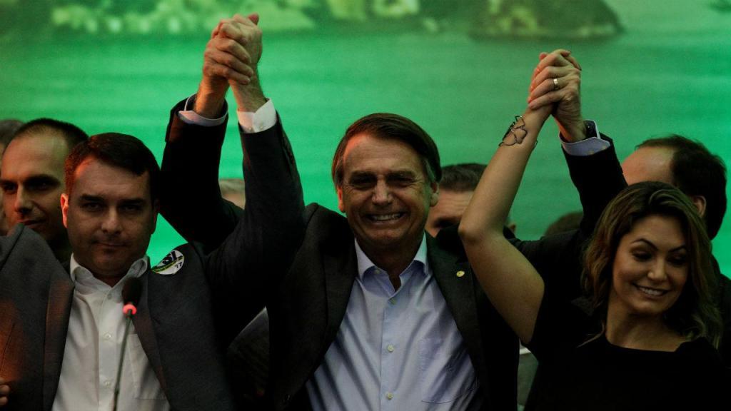 Jair Bolsonaro e a mulher Michelle