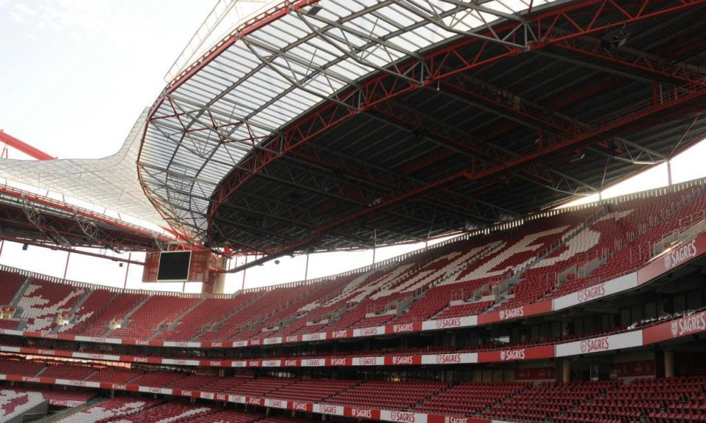 Segundo e terceiro aneis do Estádio da Luz