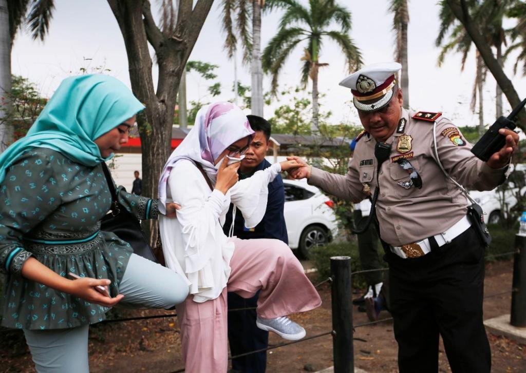 Operações de resgate na Indonésia
