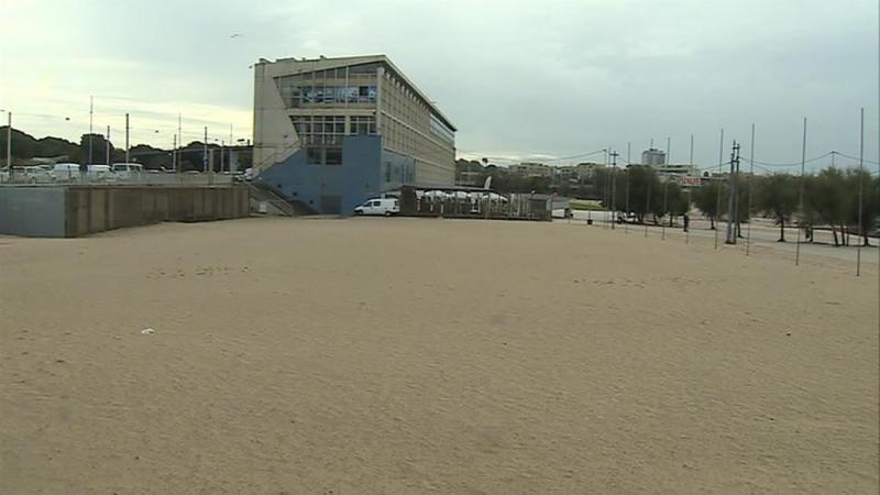 Edifícios na orla costeira podem ser demolidos
