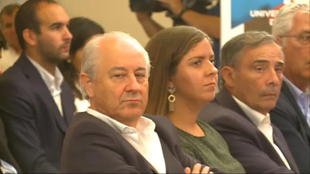 Polémica no PSD: deputado assina presenças no Parlamento sem lá estar
