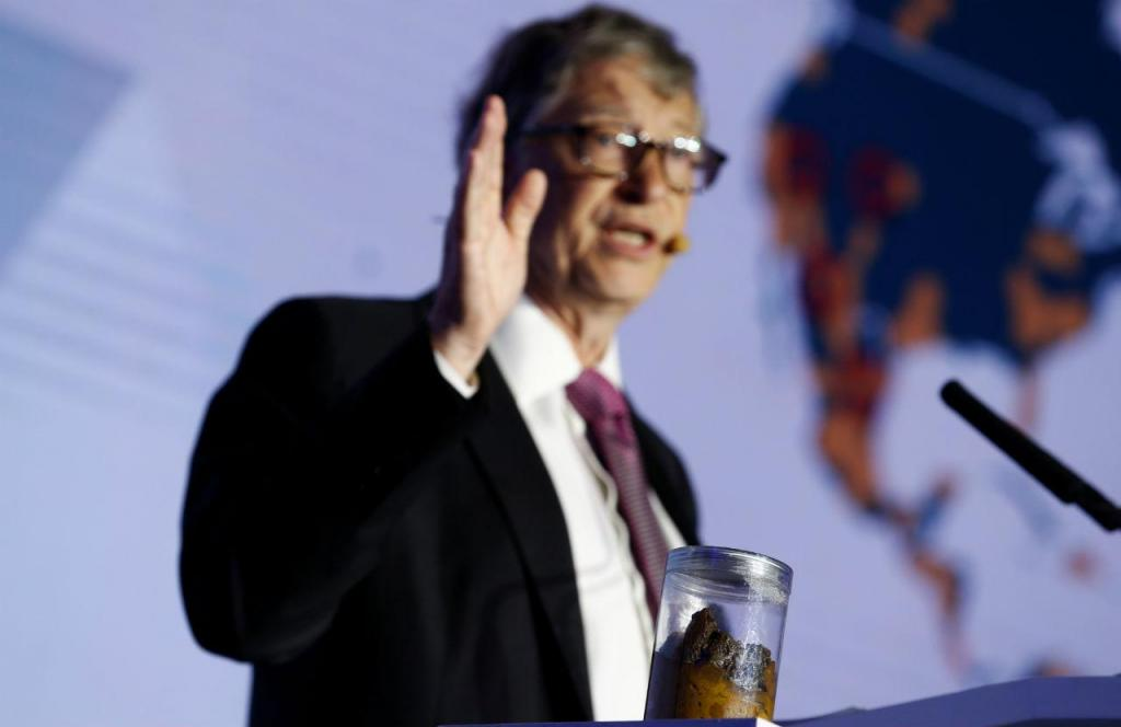 Bill Gates numa feira tecnológica em Pequim