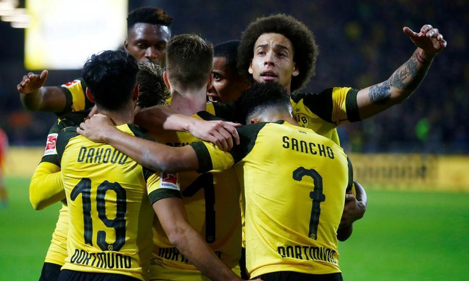 Borussia Dortmund está a vender perucas à moda de Witsel