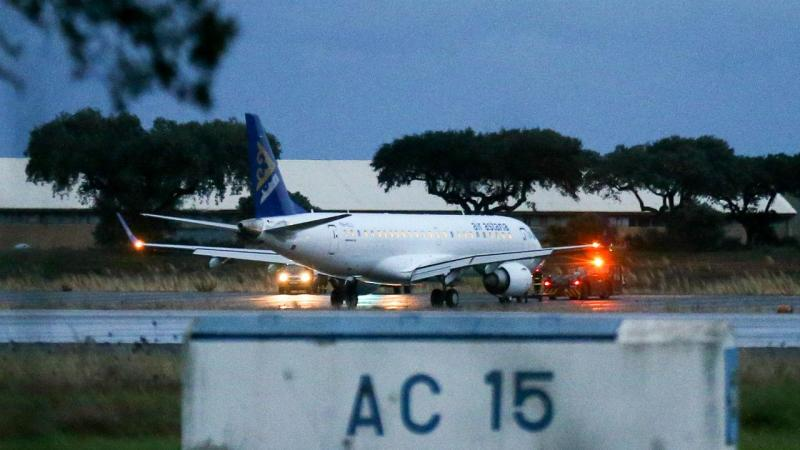 Avião declara emergência e aterra em Beja