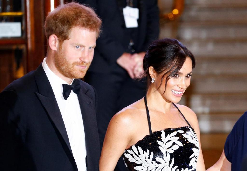Devido a gravidez de Meghan Markle, príncipe Harry faz viagem sozinho