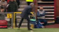 Golo de Fellaini aos 90 minutos apura United para os oitavos