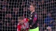 Cabeçada de De Jong relança o jogo com o Barcelona