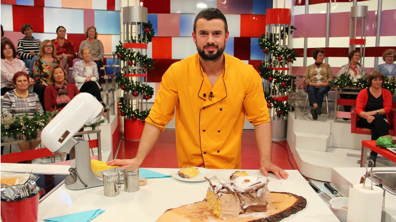Marco Costa prepara a receita de «Tronco de natal»