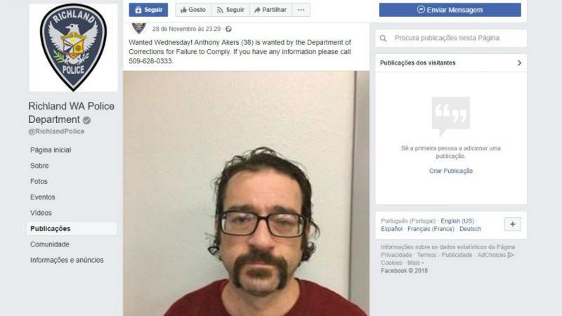Procurado responde à polícia no Facebook