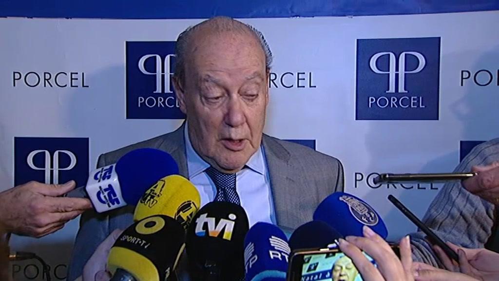 Pinto da Costa critica G15 por causa do calendário
