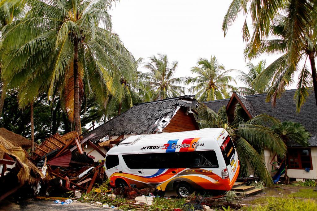 Os efeitos devastadores do tsunami na Indonésia