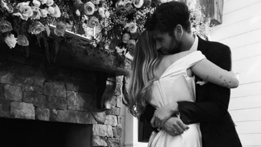 O casal deu o nó numa cerimónia intimista, no estado do Tennessee