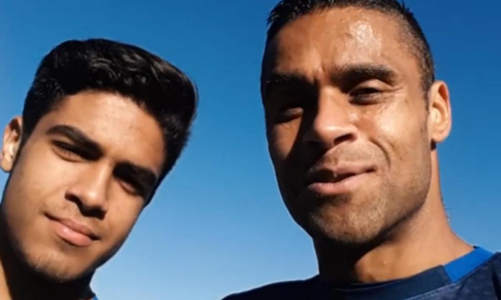 Ricardo e o filho Miguel juntos no treino do Famalicão