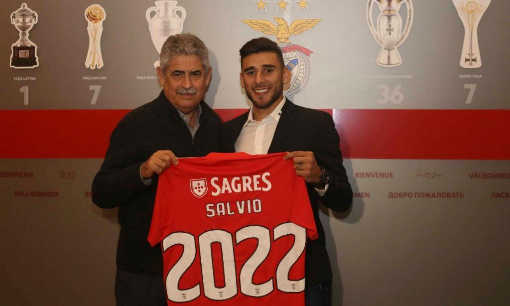 Salvio renova (foto: SL Benfica)