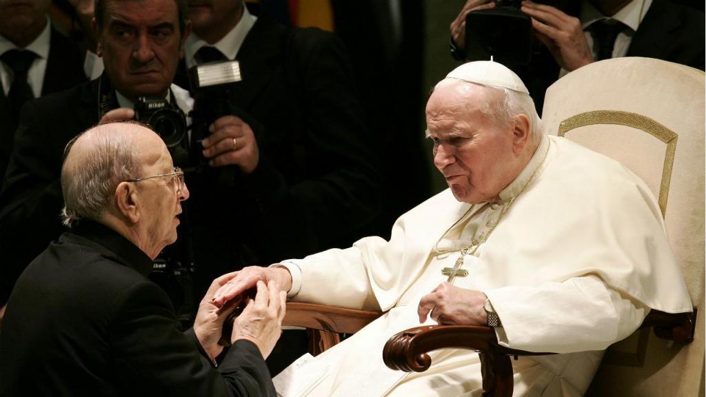Padre Marcial Maciel e o Papa João Paulo II