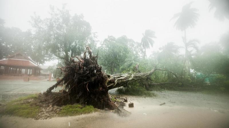 Tailândia - tempestade tropical Pabuk