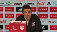 Bruno Lage chega à conferência e... envia mensagem a Rui Vitória