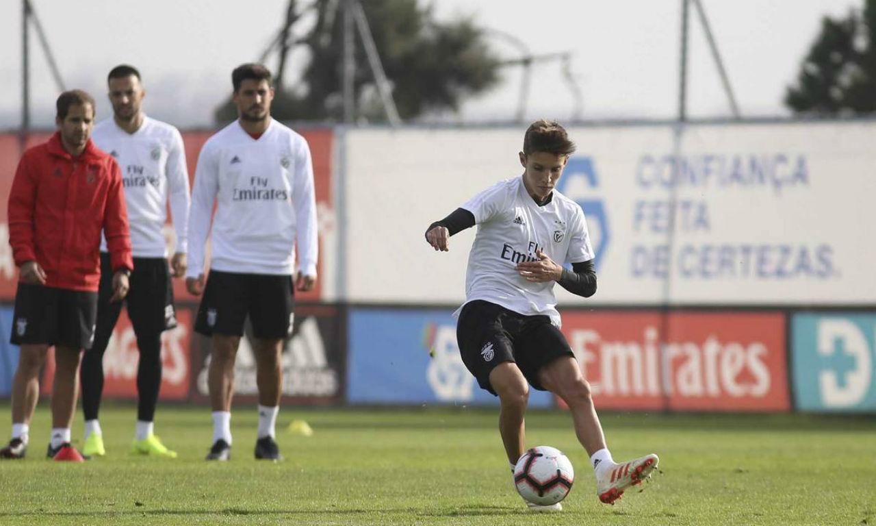 Tiago Dantas (Fonte: Benfica)