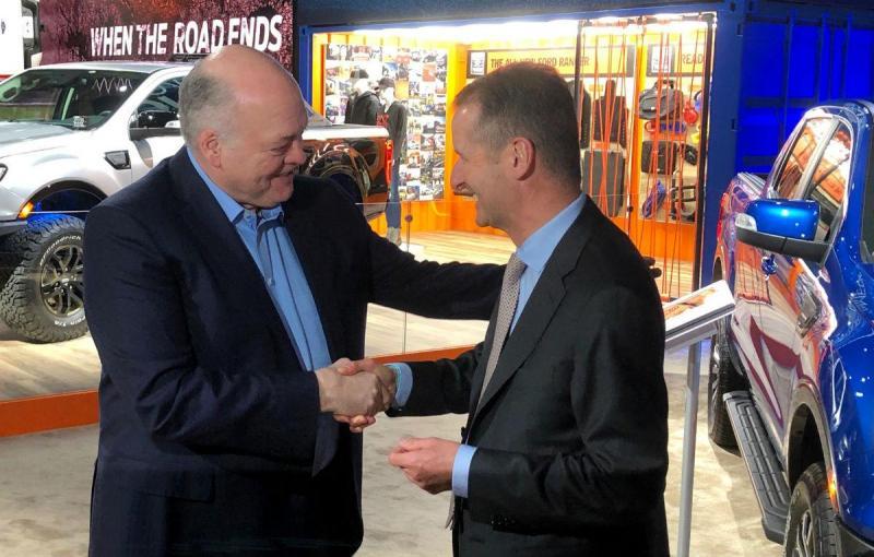 Jim Hackett e Herbert Diess (Reuters)