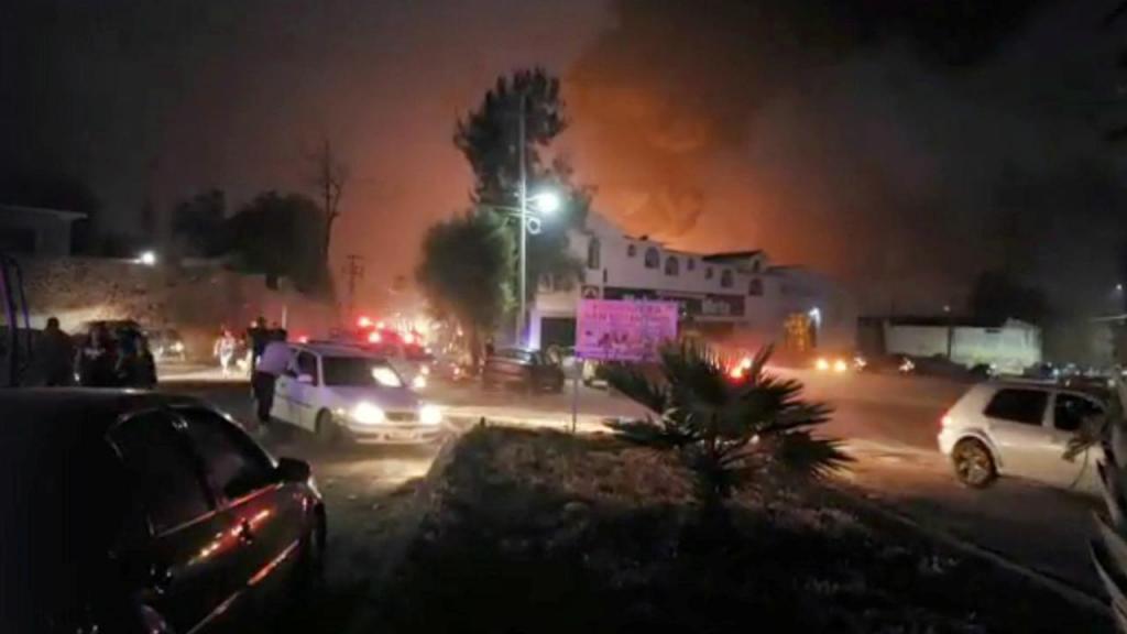Incêndio em oleoduto no México