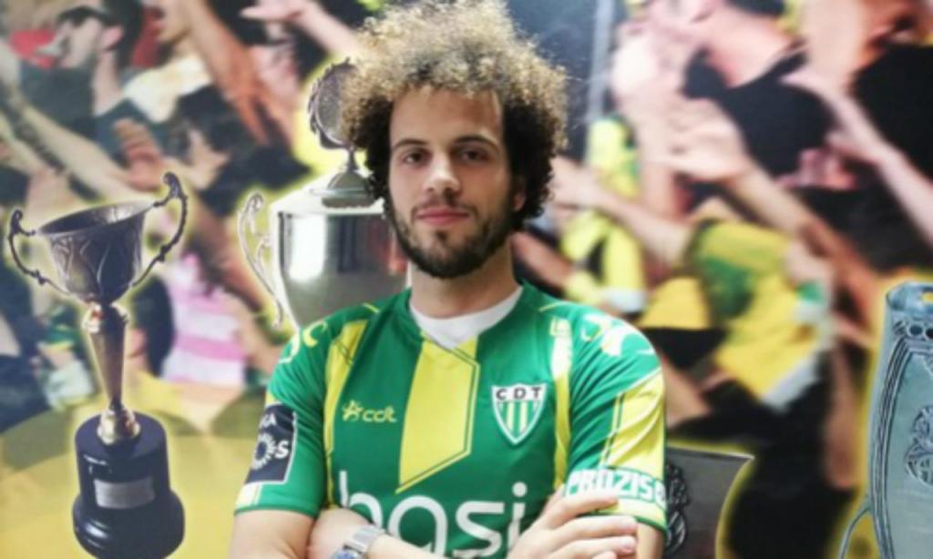 João Pedro (foto Tondela)