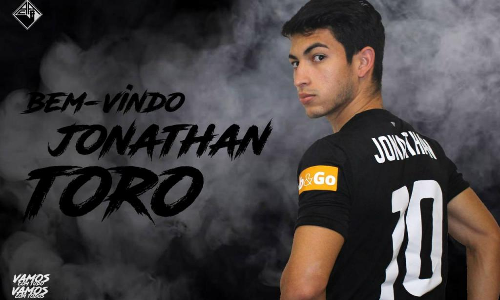 Jonathan Toro