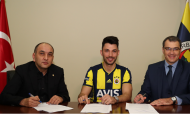 Tolgay Arslan (site oficial do Fenerbahçe)