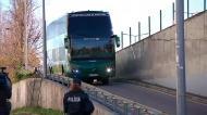 A chegada do autocarro do Sporting