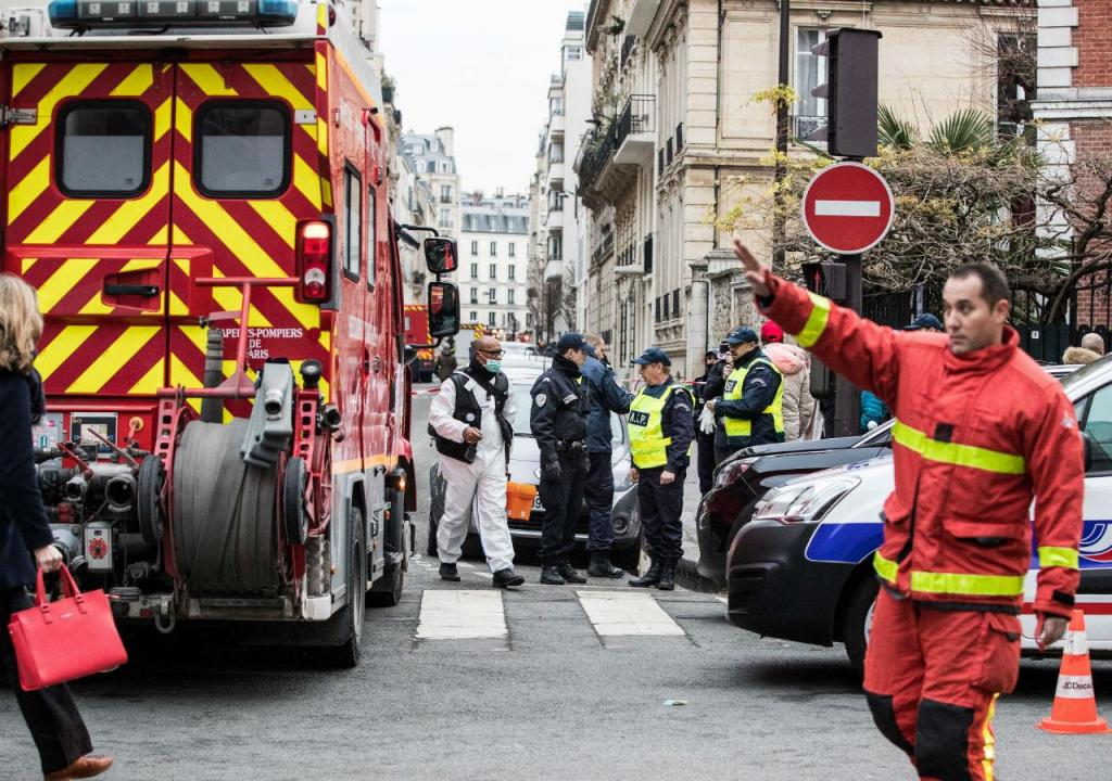 Incêndio num prédio em Paris