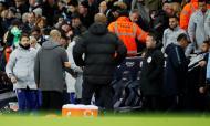 Pep Guardiola e Maurizio Sarri (Reuters)