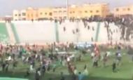 Invasão de campo num jogo em Marrocos