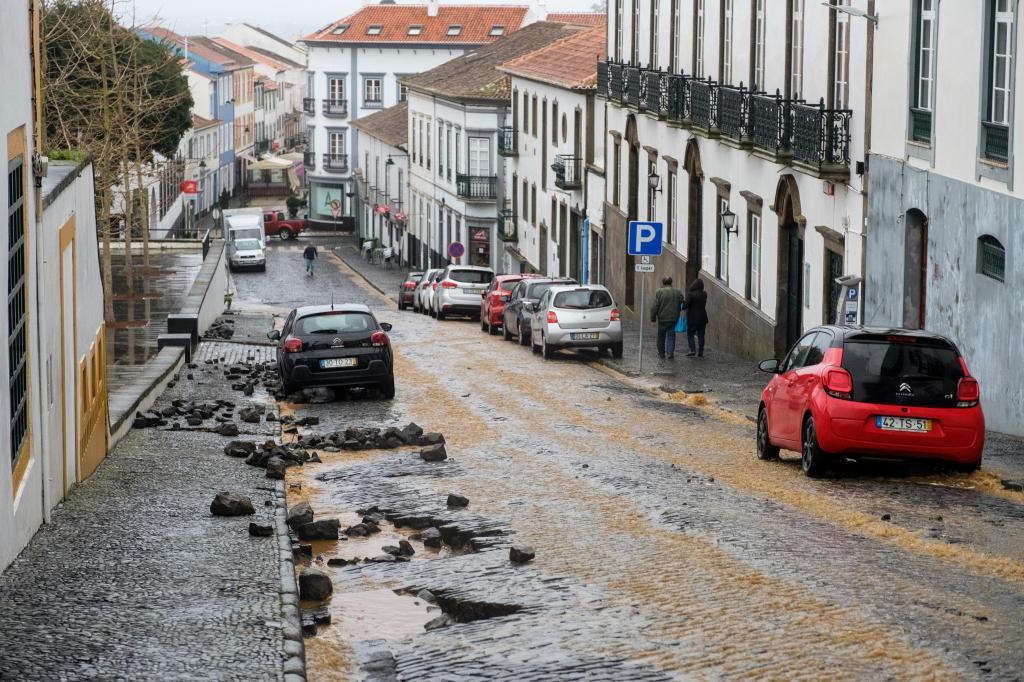 Açores - Mau tempo