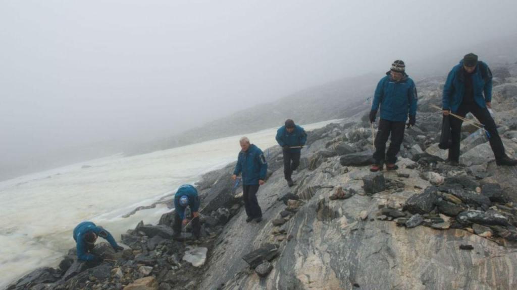 Arqueólogos desvendam segredos do gelo na Noruega