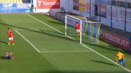 O golo do Estoril frente ao Benfica na Liga Revelação