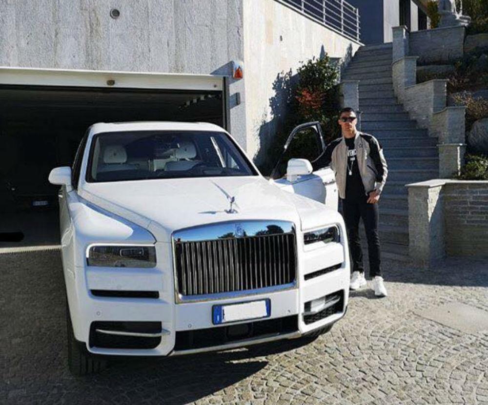 Cristiano Ronaldo e o novo Rolls-Royce Cullinan