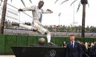 A estátua de David Beckham em Los Angeles (Reuters)
