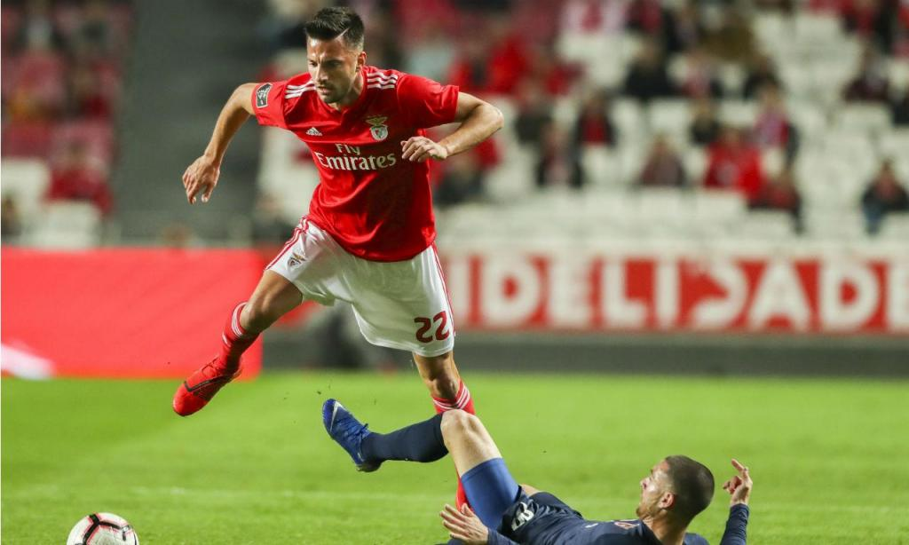 Benfica-Belenenses SAD (EPA/JOSE SENA GOULAO)