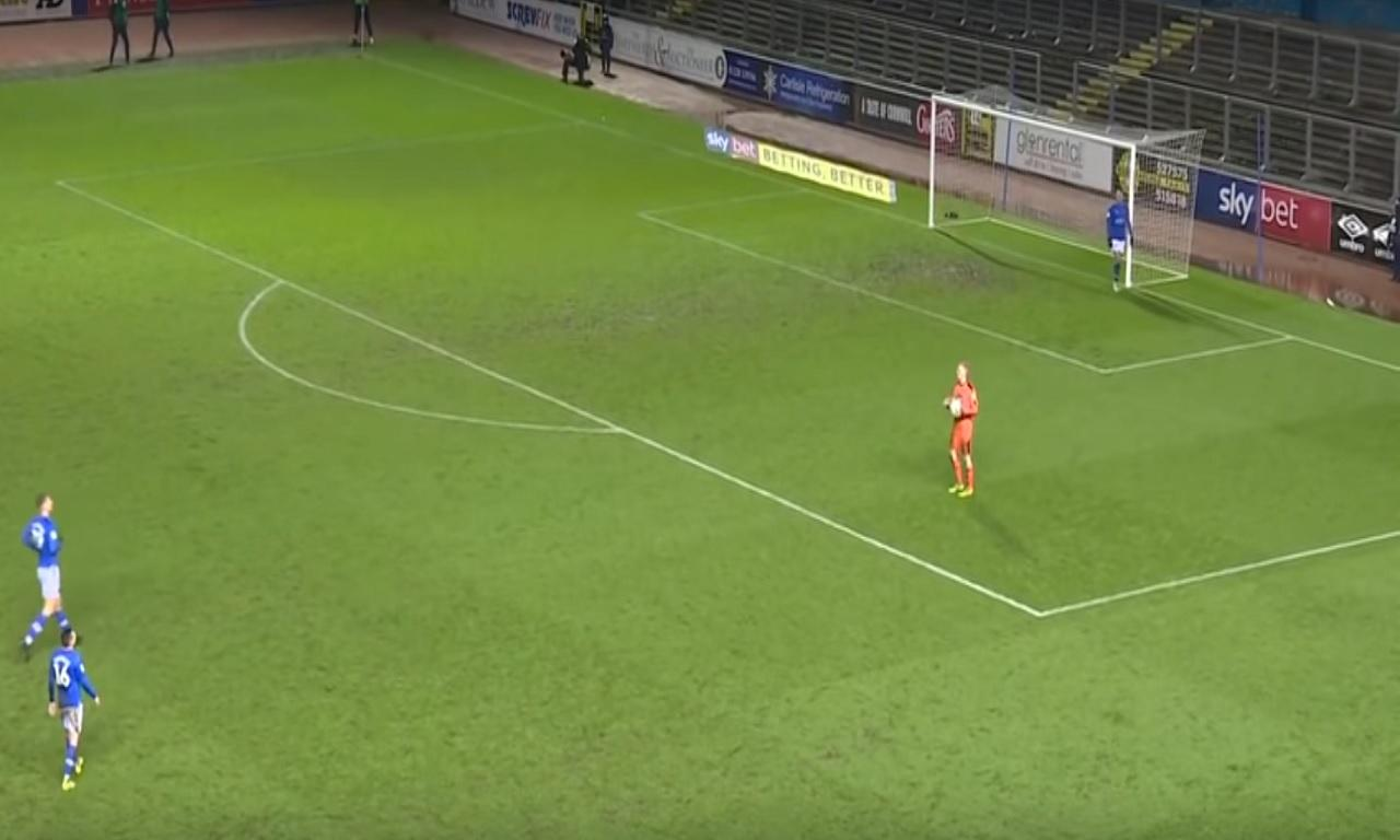 Golo incrível sofrido pelo Notts County (Youtube)