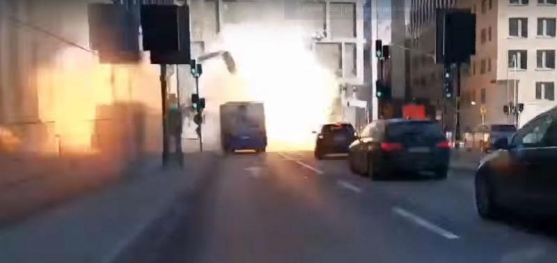 Autocarro explode em Estocolmo (reprodução YouTube Max Eriksson)