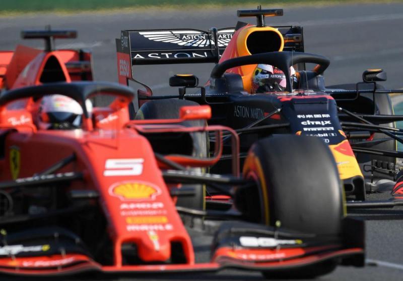 Vettel e Verstappen (Reuters)