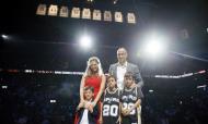 Cerimónia de homenagem a Manu Ginóbili (Soobum Im-USA TODAY Sports)