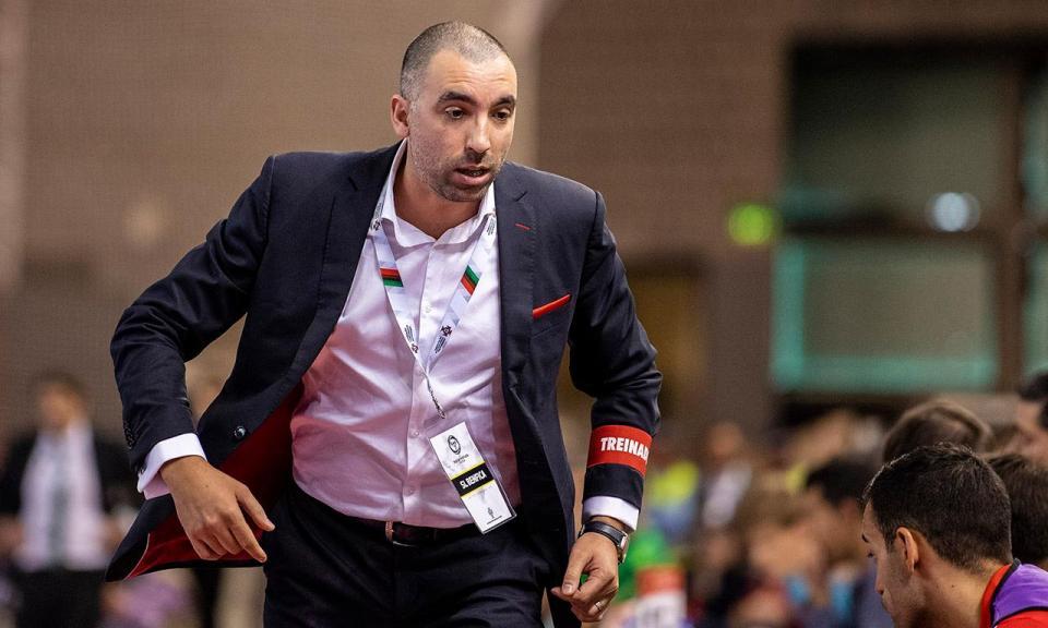 OFICIAL: Benfica renova com o treinador campeão de futsal