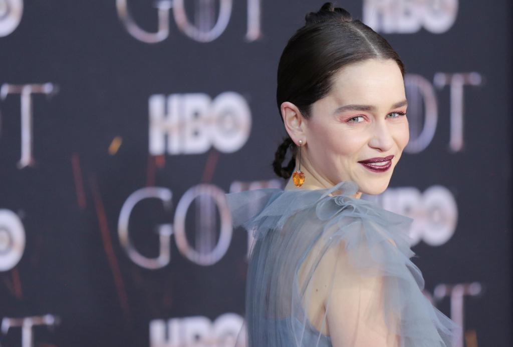 Emilia Clarke mostra imagens inéditas de sofrer um aneurisma