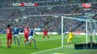 Jovic dá vitória ao Eintracht Frankfurt nos descontos