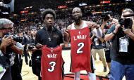 Dwyane Wade e o filho Zaire (Steve Mitchell-USA TODAY Sports)