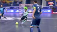 Sporting faz dois golos num minuto (um na baliza errada)