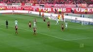 O resumo do Nuremberga-Bayern, que teve um golo «sportinguista»